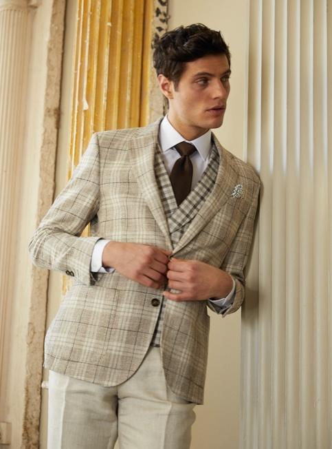 Sakkos aus Leinen und Tweed für den modernen Gentleman von Hawes & Curtis.