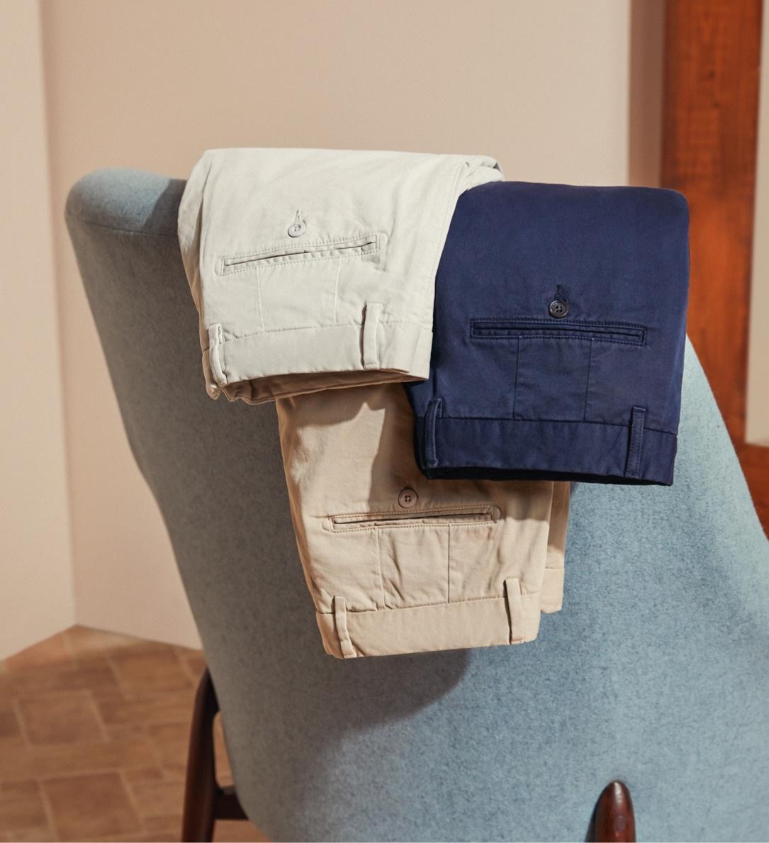 Moderne Chinos und legere Hosen für Männer mit Stil.