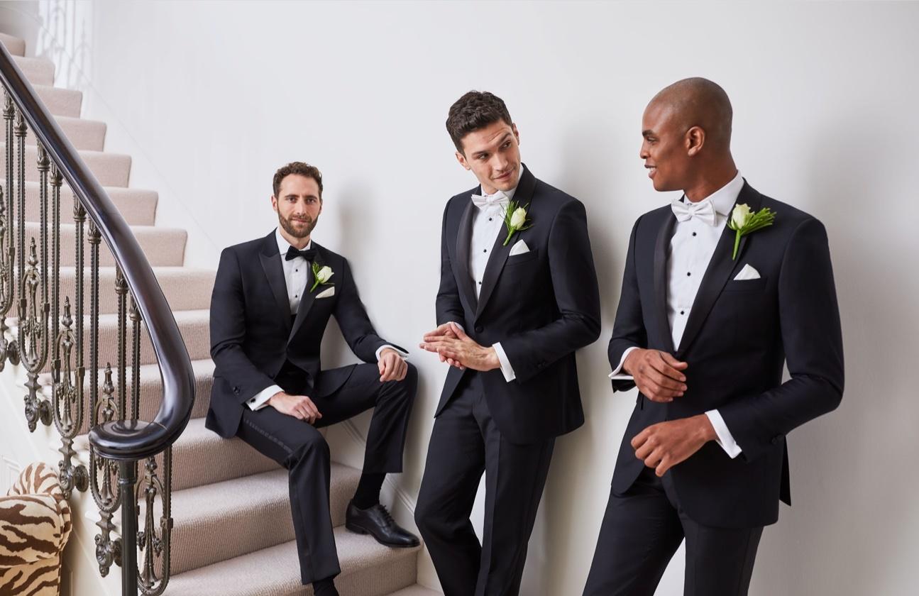 Chic Micro Weddings | Enchanting Eveningwear