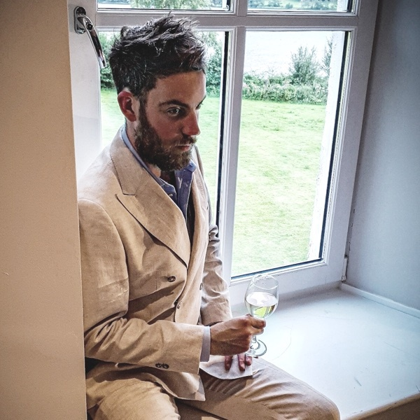 Men in Linen Suits | Hawes & Curtis | UK