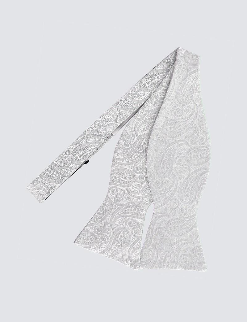Hochzeits Kollektion – Fliege zum Selbstbinden – Seide – Paisley silber