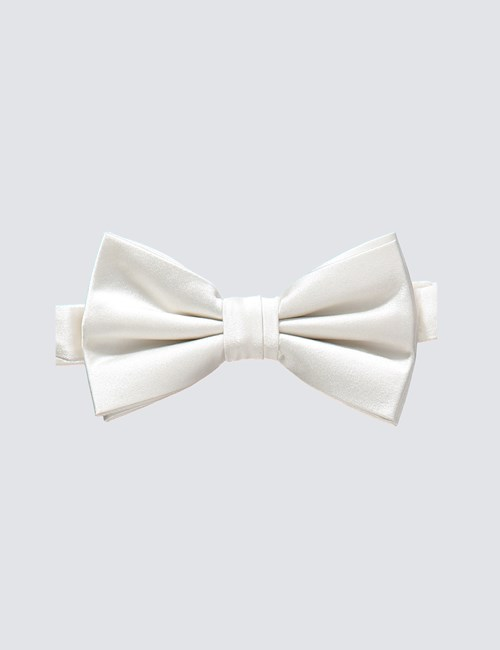Men's White Ready Tied Bow Tie - 100% Silk