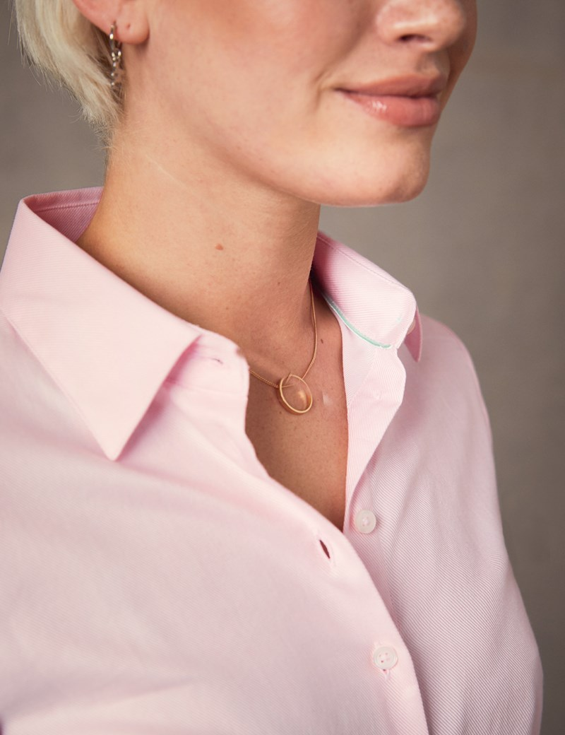Women's Light Pink Twill Fitted Executive Shirt - Single Cuff