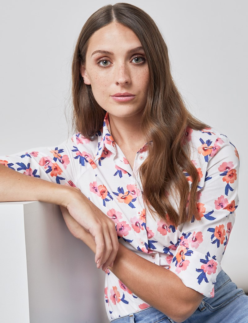 Women's White & Pink Candy Flowers Fitted Shirt - Single Cuff