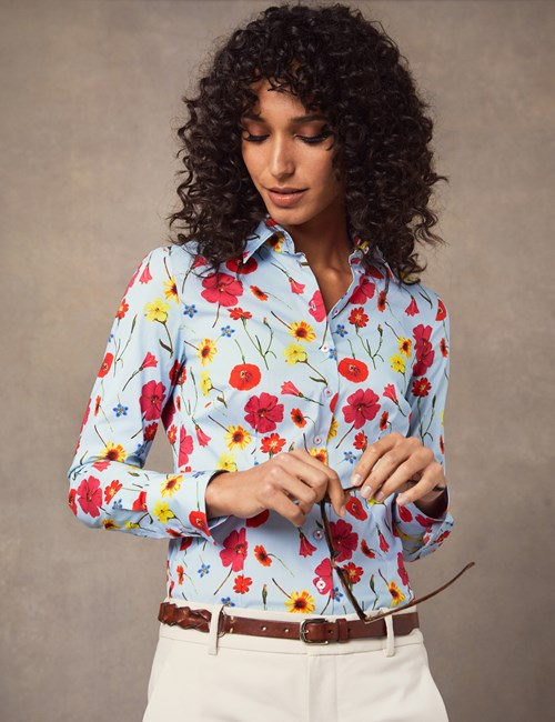 Women's Blue & Red Floral Fitted Shirt - Single Cuff