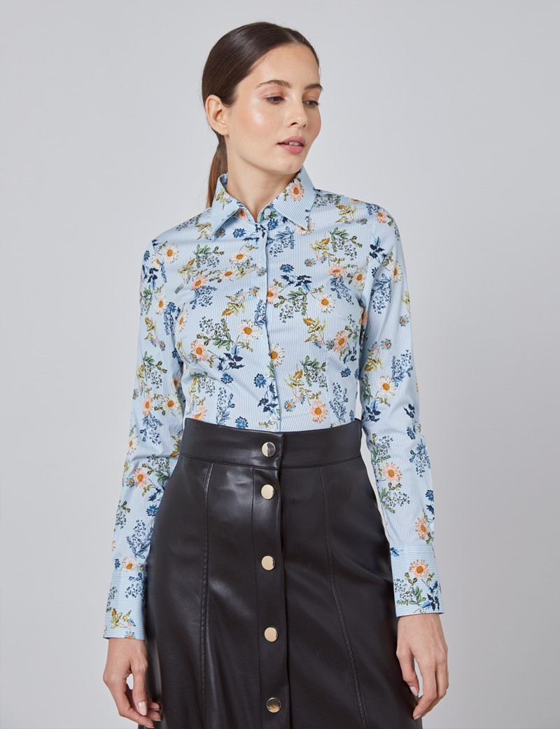 Women's White & Blue Daisy Bunches Fitted Shirt - Single Cuff