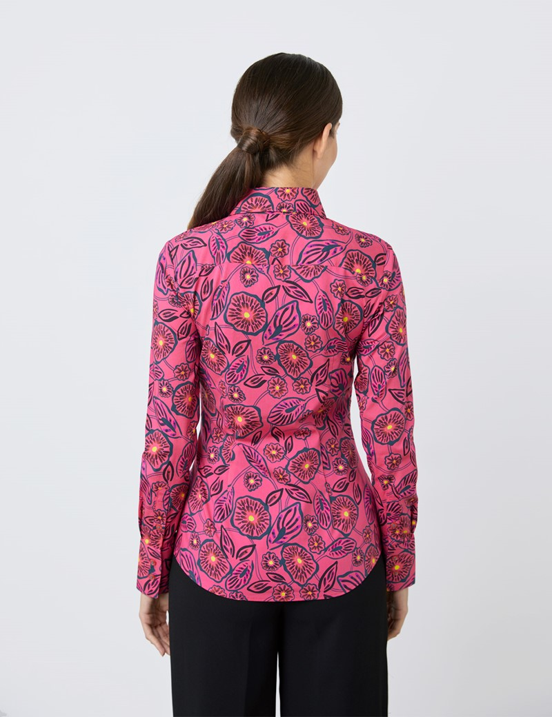 Women's Fuchsia Floral Fitted Shirt - Single Cuff