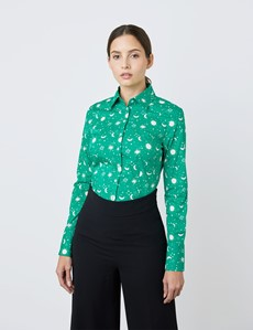 Women's Green & Cream Stars and Moon Print Fitted Shirt - Single Cuff