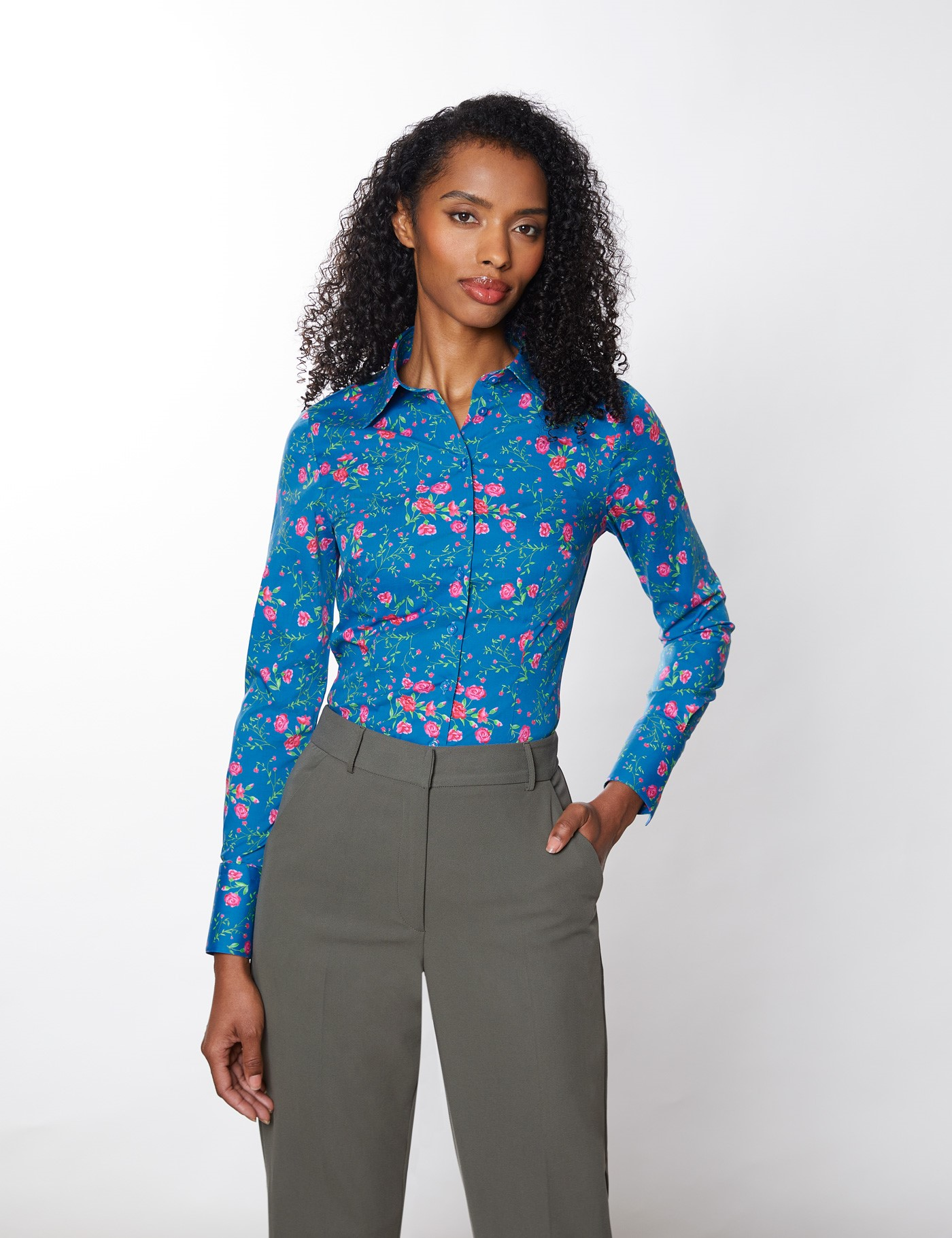 Women's Floral Fitted Cotton Stretch Shirt In Blue/Fuchsia | Size 22 | Hawes & Curtis