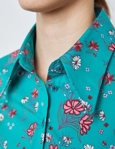 Women's Teal & Pink Daisy Print Fitted Shirt with Vintage Collar - Single Cuff