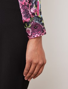 Women's Black & Fuchsia Snake Print Vintage Collar Satin Fitted Blouse