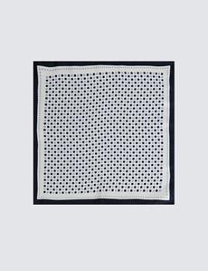 Einstecktuch aus reiner Seide – Weiß mit hellblauen & dunkelblauen Punkten