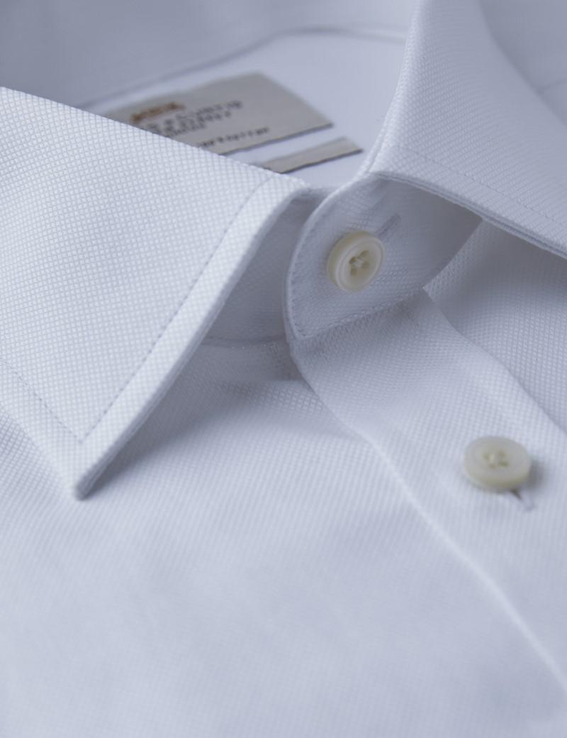 Businesshemd – Fitted Slim Fit – Kentkragen – Piqué weiß