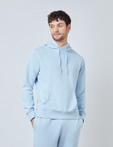 Lounge Hoodie – Kapuzenpullover – Garment Dye – Bio-Baumwolle – hellblau