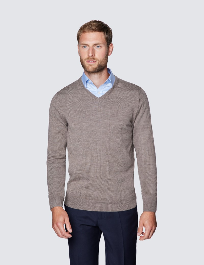 Merino Pullover – Slim Fit – V-Ausschnitt – Taupe