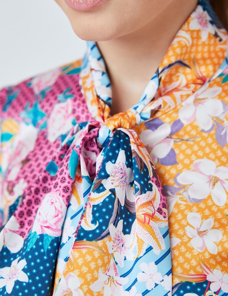 Schluppenbluse – Slim Fit – Satin – Orange Pink Floraler Print
