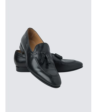 Men's Black Leather Tassel Loafer