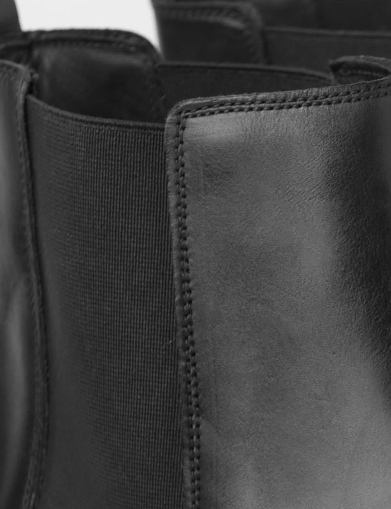 Men's Black Leather Chelsea Boot