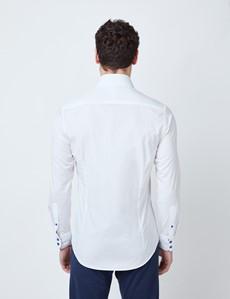 Casualhemd – Relaxed Slim Fit – Kentkragen – Weiß mit Kontrasten