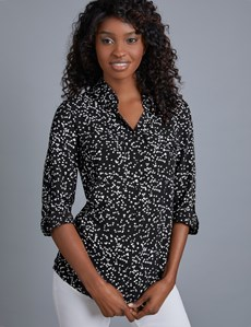 Women's Black & White Stars Relaxed Fit Shirt - Single Cuff