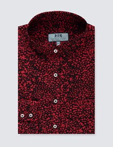 Women's Black & Red  Static Print Relaxed Fit Shirt - Single Cuff