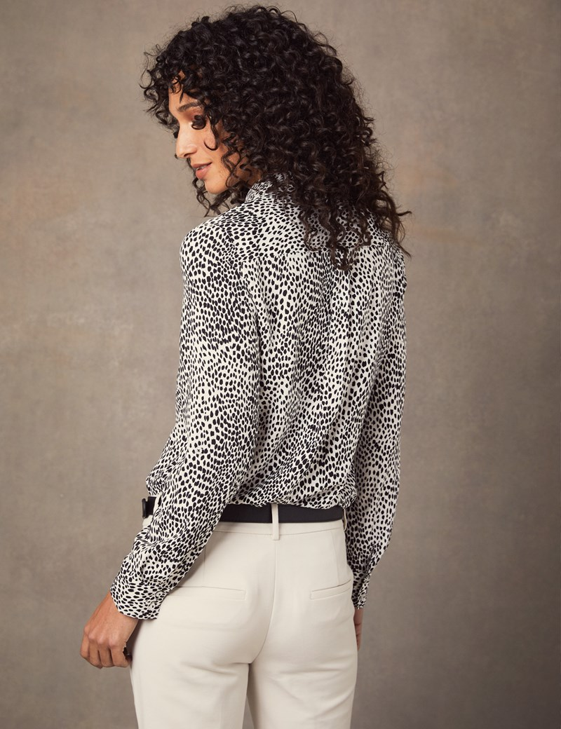 Women's Cream & Black Animal Print Relaxed Fit Shirt - Single Cuff