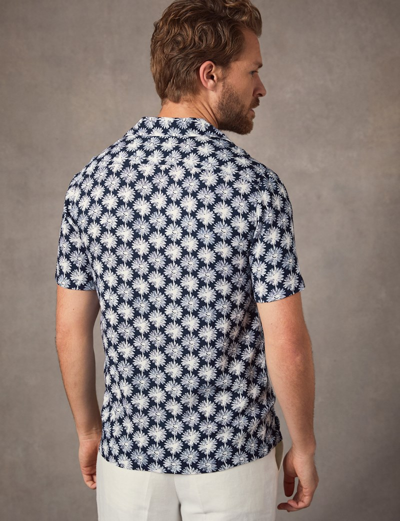 Men's Curtis Navy & White Large Daisy Print Relaxed Fit Shirt - Short Sleeve