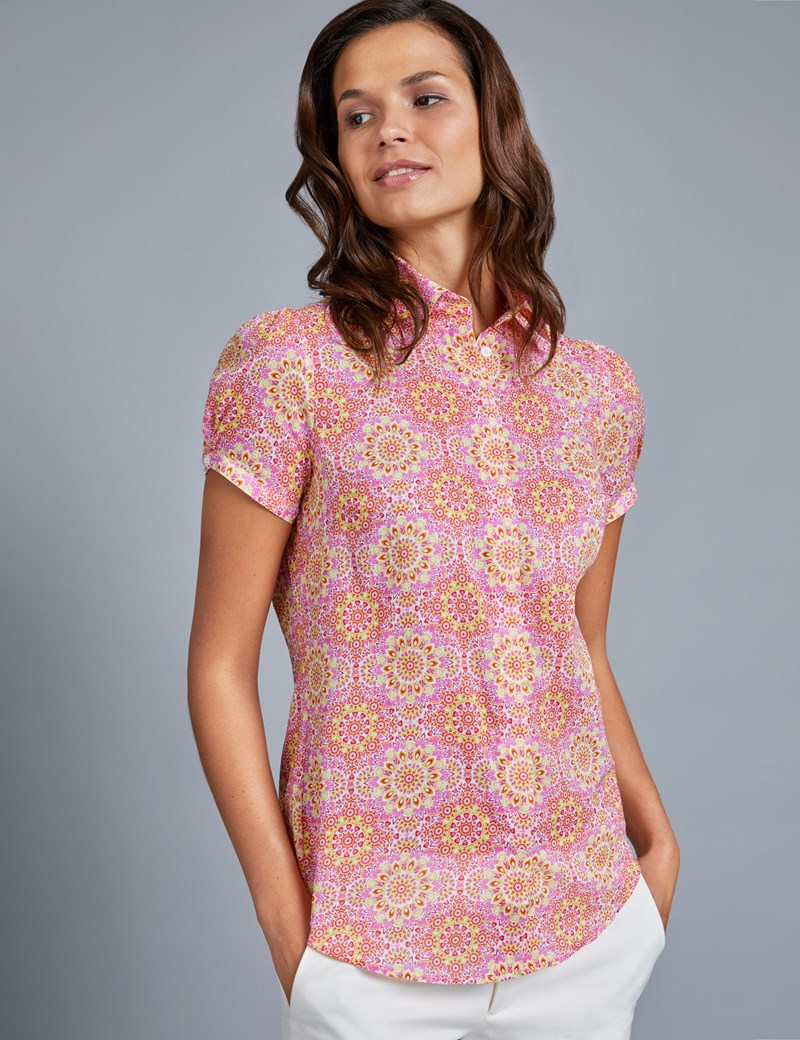 Women's Pink & Yellow Semi Fitted Short Sleeve Shirt