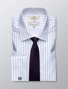 Bügelfreies Businesshemd – Slim Fit – Manschetten – Weiß mit dunkelblauen Streifen