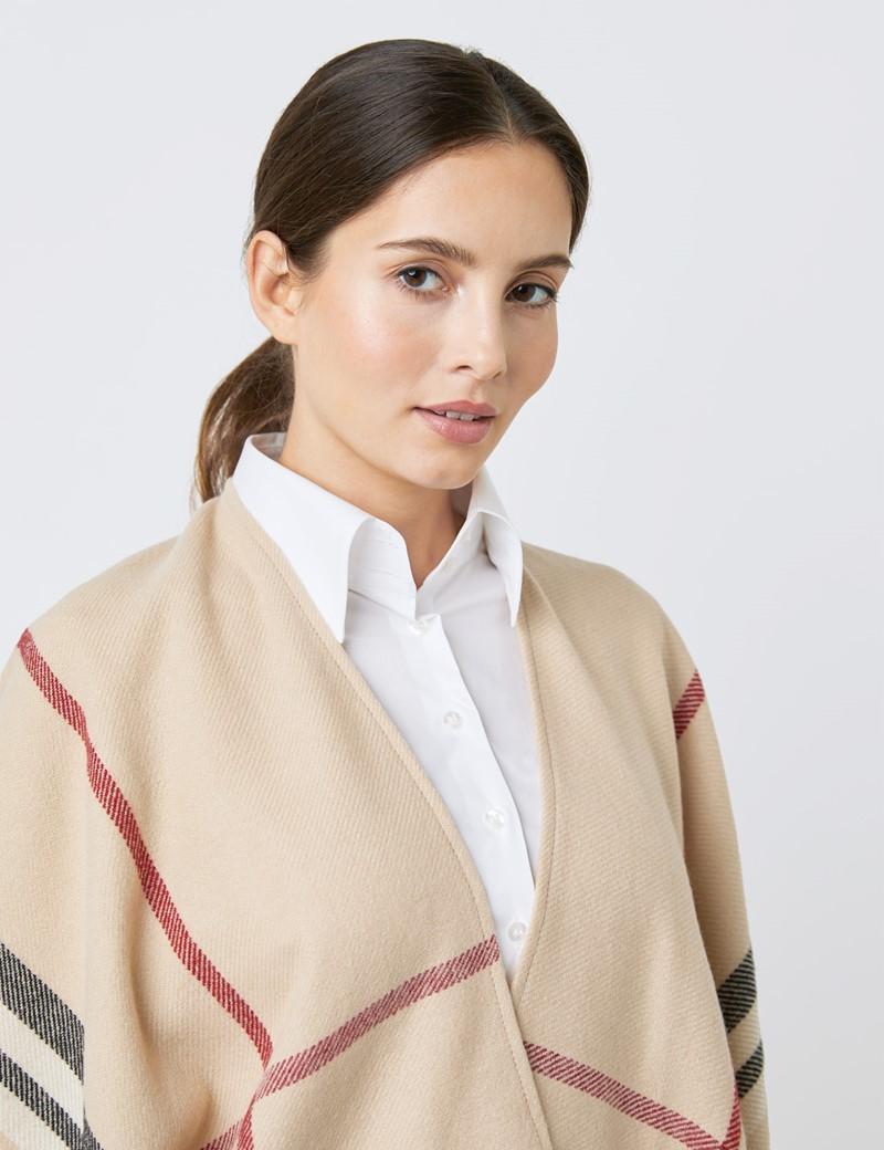 Elegantes Cape – beige britisches Karo Muster