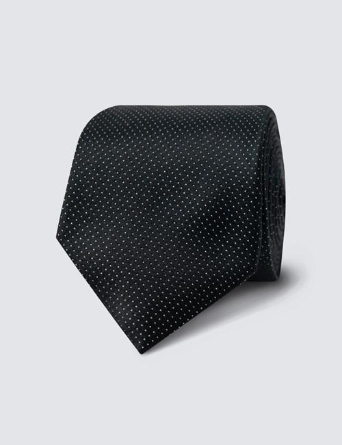 Schmale Krawatte aus feinster Seide – Nadeltupfen schwarz