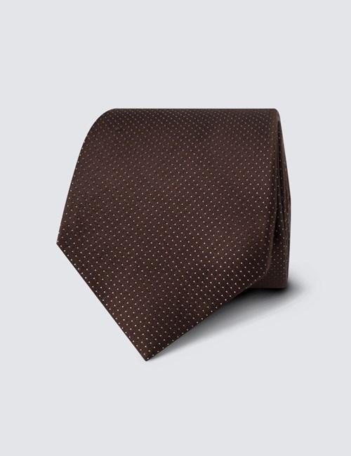 Krawatte aus feinster Seide – Braun mit Nadeltupfen