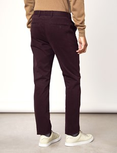 Herren Chino – Slim Fit – Garment Dye – Brombeere