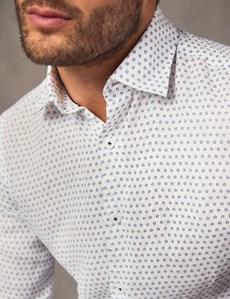 Leinenhemd - Slim Fit - Kentkragen - Weiß mit blauen Blümchen
