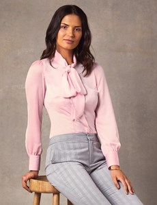 Women's Light Pink Fitted Lightweight Satin Blouse - Pussy Bow